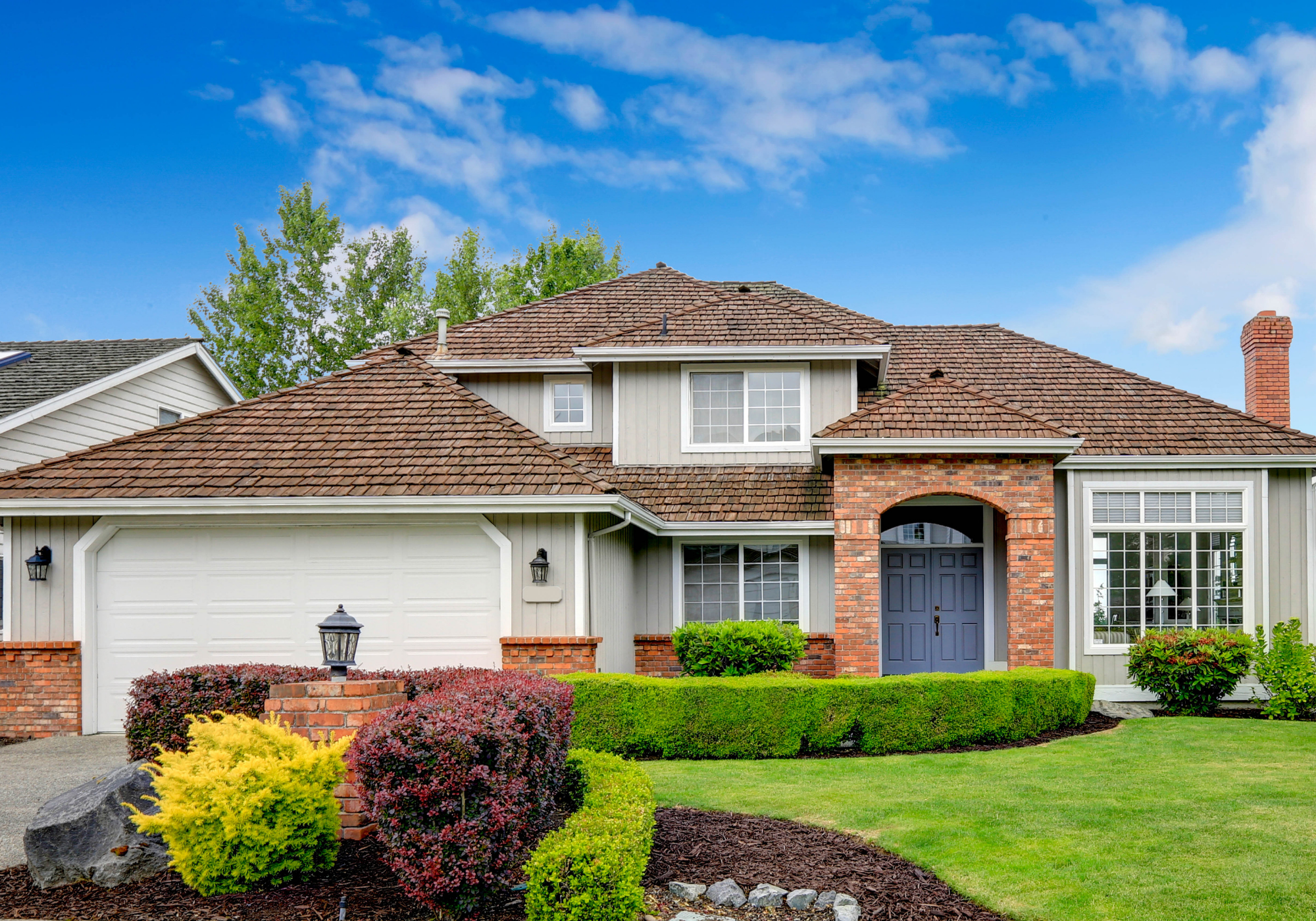 hamilton landscaping residential house lawn